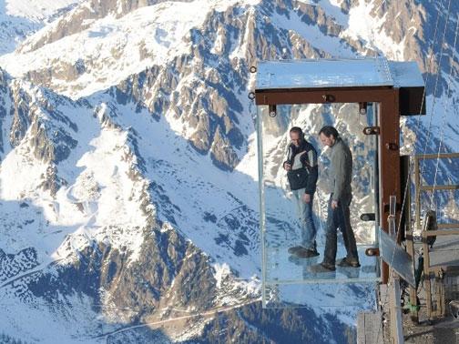 Le Pas Dans Le Vide Sul Monte Bianco M Architecte Arketipo