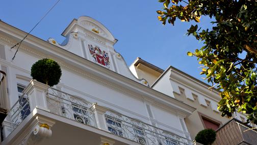 Un 39 opera d 39 arte collettiva e permanente arketipo for Art design boutique hotel imperialart