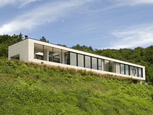 Metra per una villa unifamiliare a vallio terme arketipo for Dove trovare i progetti per una casa