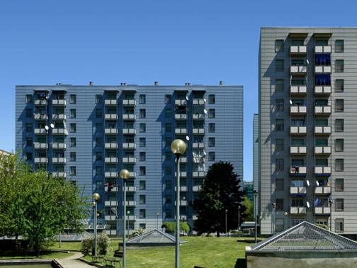 Swisspearl per il quartiere gratosoglio di milano arketipo for Piani di costruzione del negozio con alloggi