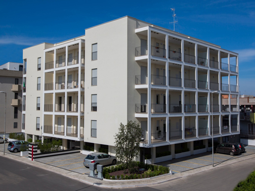 Complesso solaria a capurso daniela petrone e gruppo for Architettura residenziale contemporanea