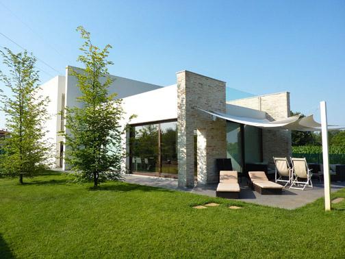 Villa privata a noventa padovana arketipo for Casa moderna in campagna