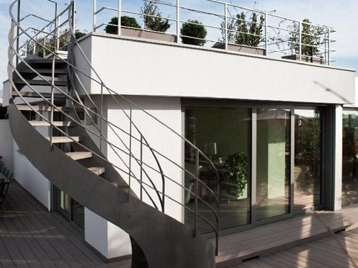 Una veranda e serra sul tetto a milano studio12 arketipo for Piani casa 5000 piedi quadrati