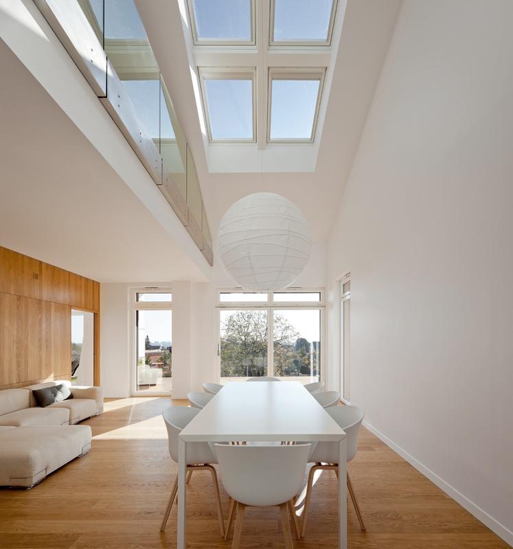 Finestra per tetti velux standard bassoemissiva arketipo for Finestre x tetti