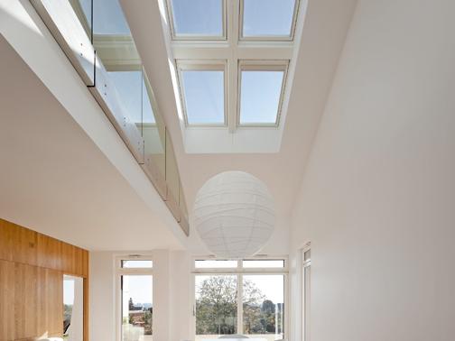 Finestra per tetti velux standard bassoemissiva arketipo for Lavatrice balcone