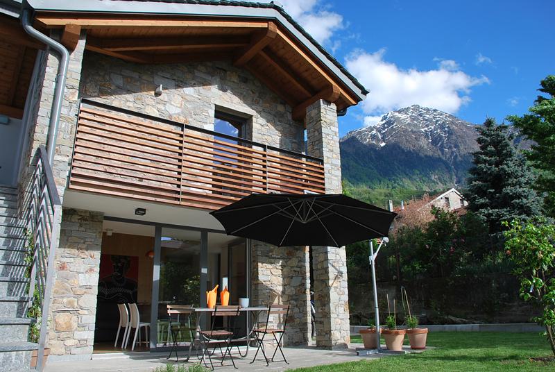 Cottage sul lago di como altrostudio architetti arketipo for Idee di progettazione cottage lago