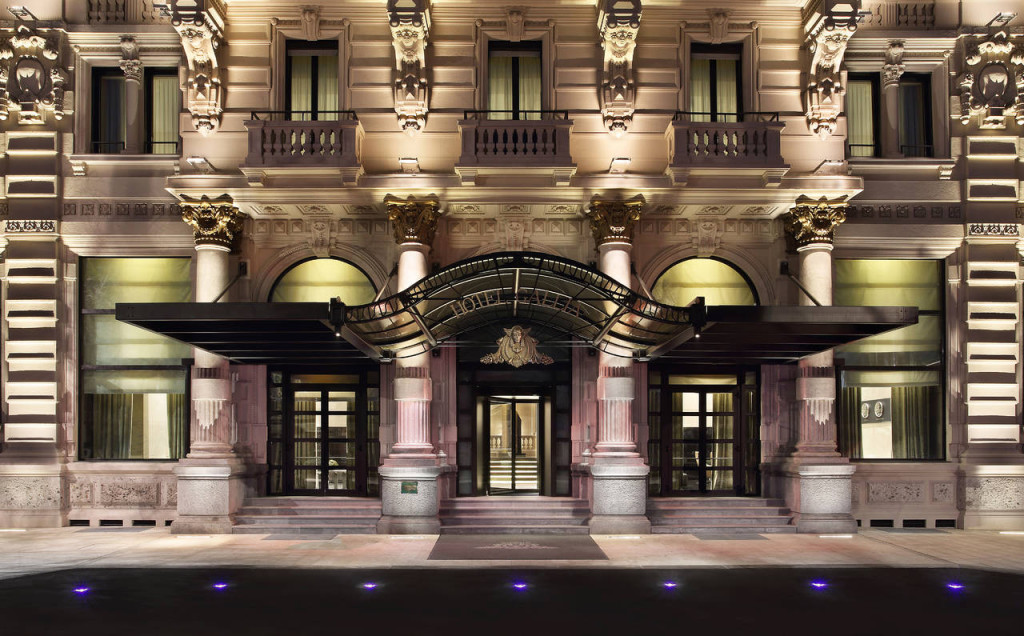 Facciata dell'Excelsior Hotel Gallia - Dettaglio