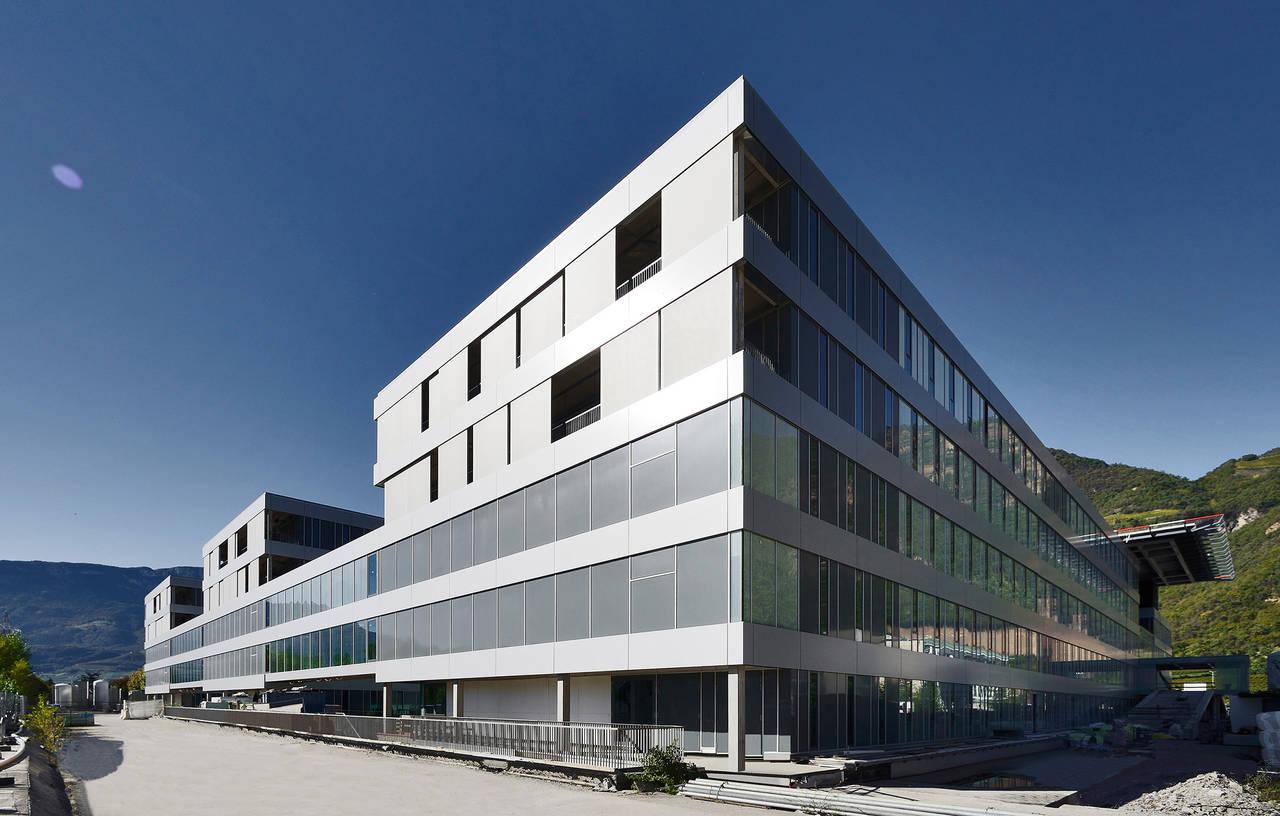 Ospedale San Maurizio a Bolzano (Photo by OskarDaRiz)