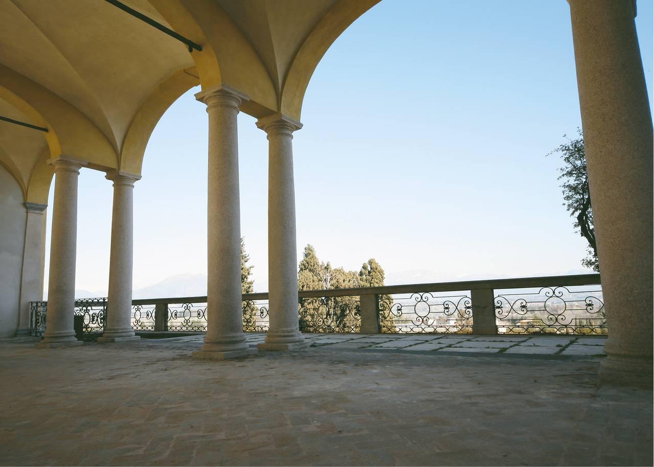 Castello di Inverigo, il loggiato