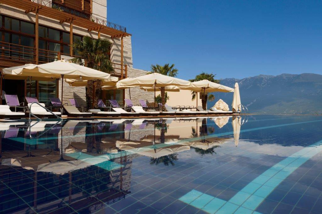 Myrtha Pools per il Lefay Resort sul Lago di Garda