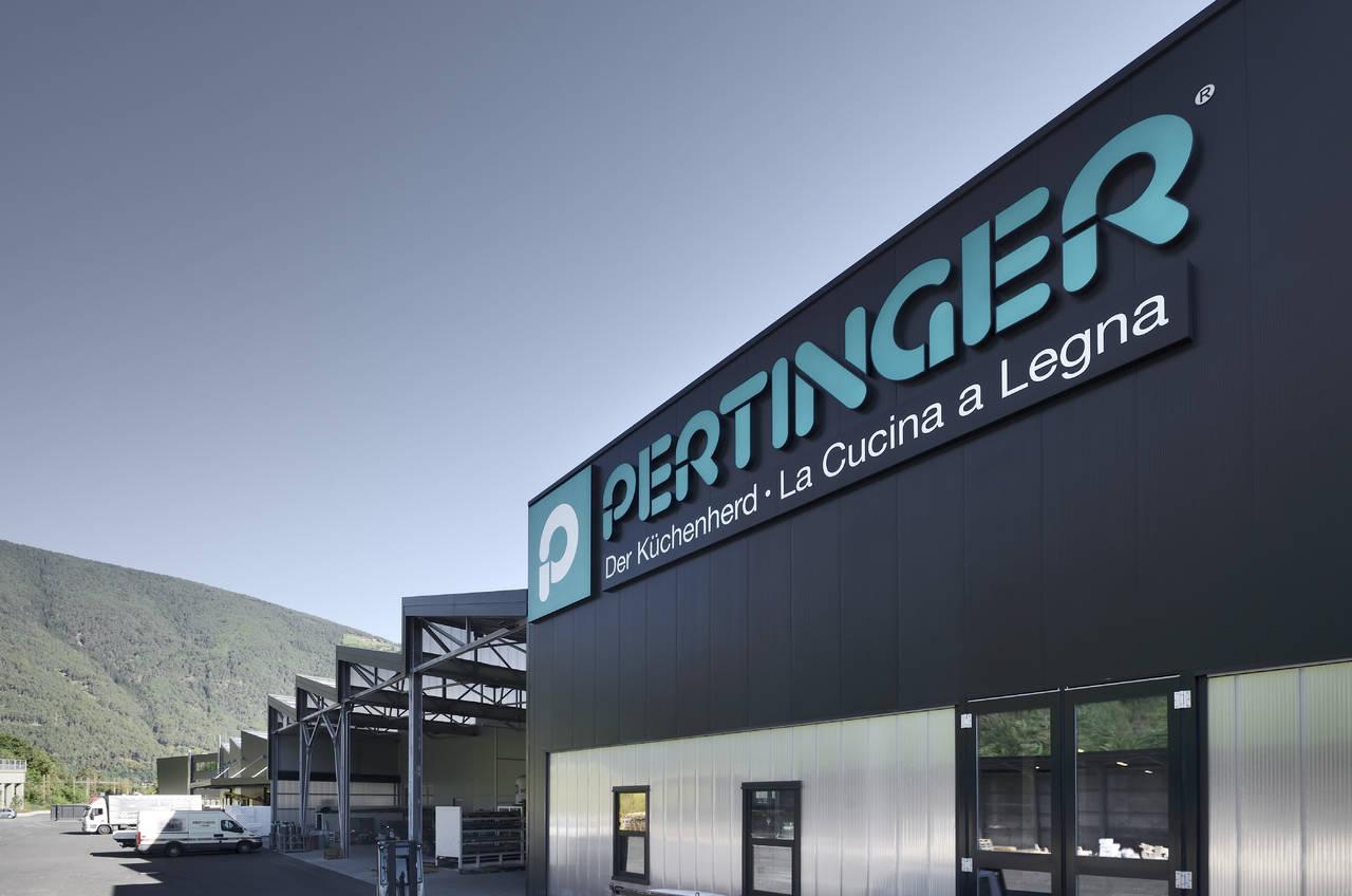 Stahlbau Pichler per la nuova sede Pertinger a Varna