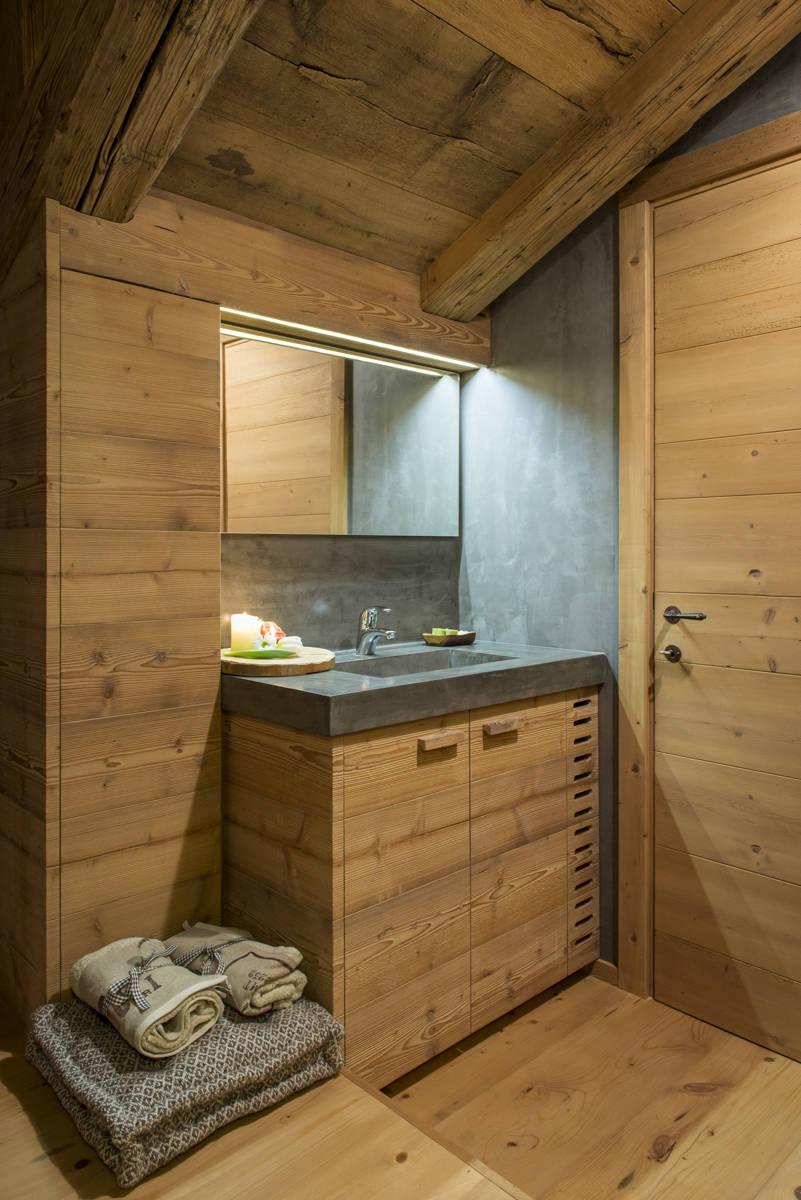 Attico di montagna a Cortina (Bl) – Outline Studio 74   Arketipo