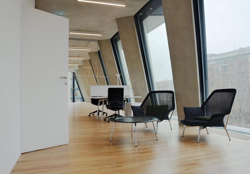 Bertolotto Porte per la nuova sede della Fondazione Feltrinelli di Milano