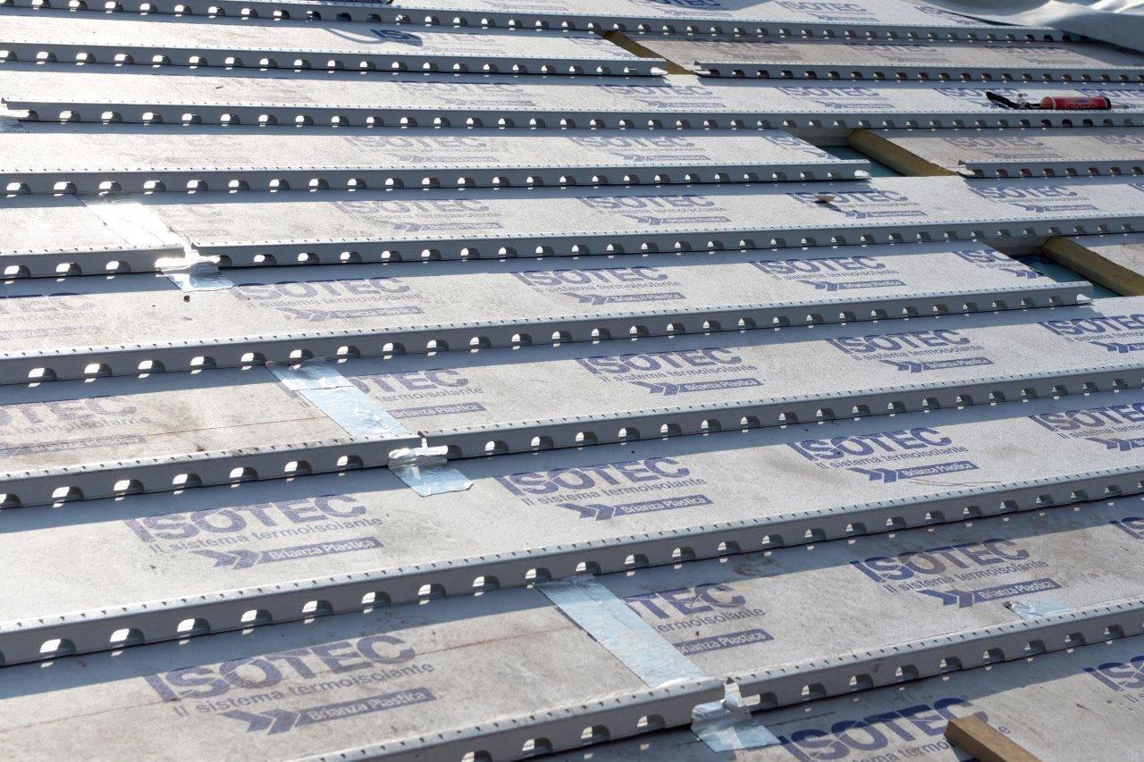 Brianza Plastica per la ristrutturazione della copertura della Basilica di Agliate - Carate Brianza (MB)
