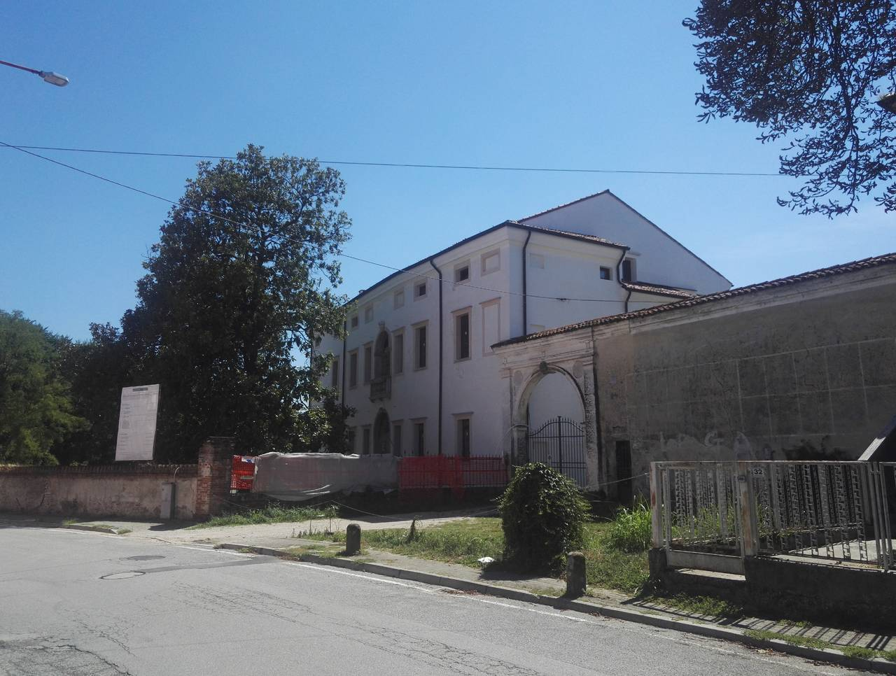 Brianza Plastica per Villa Borromeo a Fontaniva (PD)