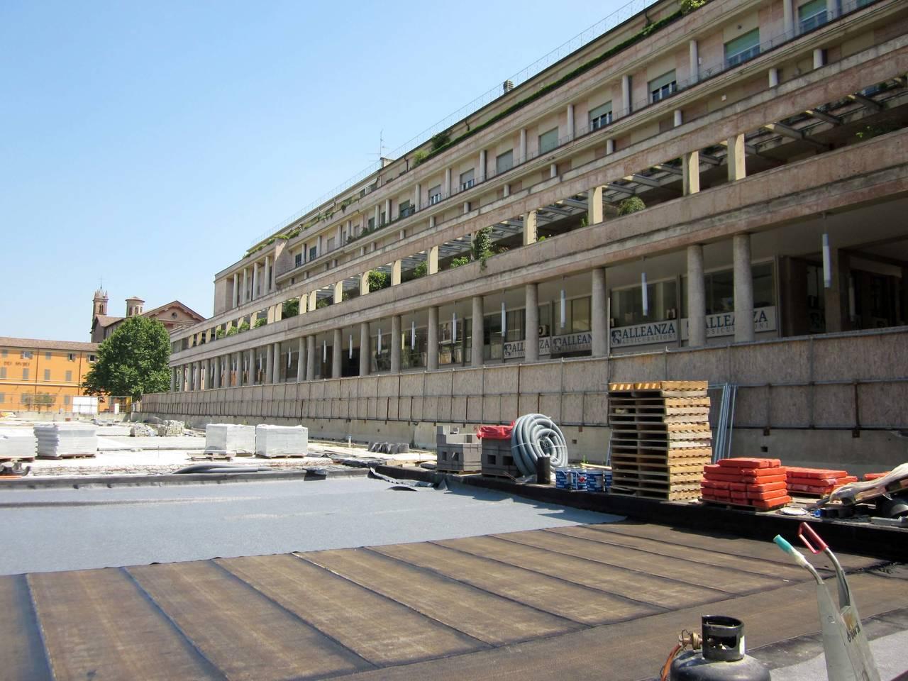 Lecablocco Tagliafuoco per un parcheggio a Reggio Emilia