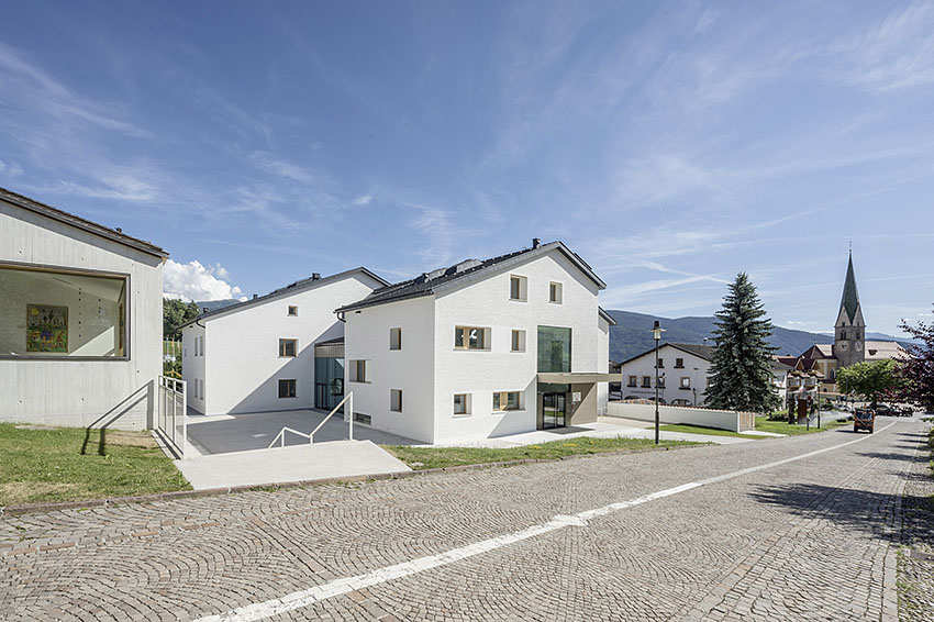 Houses for children, South Tyrol