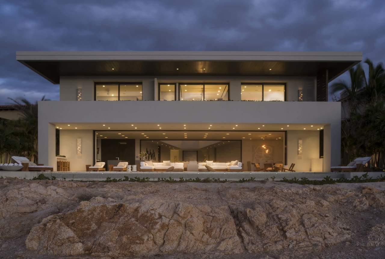 Illuminazione Esterna Villa Moderna : Buzzi buzzi per una villa a los cabos baja california arketipo
