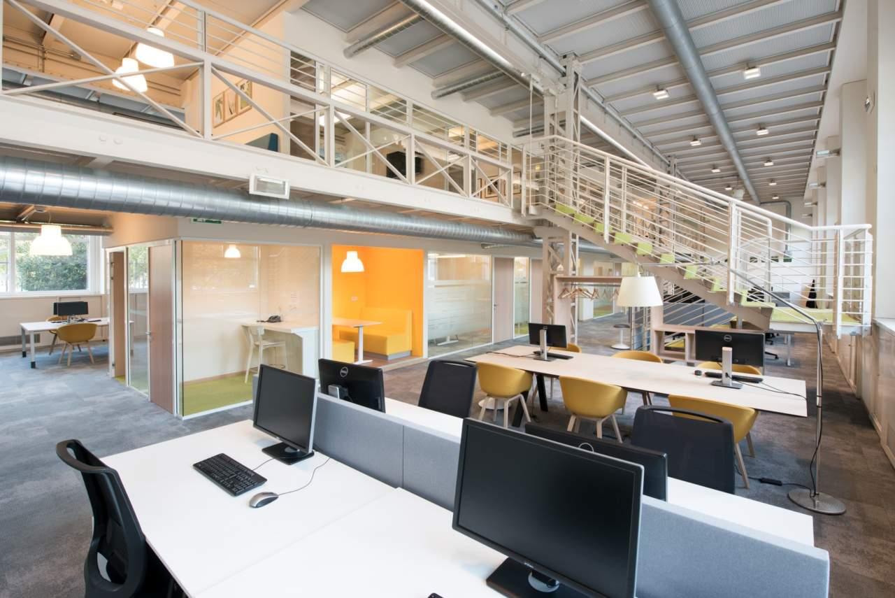 Nuovi uffici arcadis a milano d2u design to users arketipo for Uffici a milano