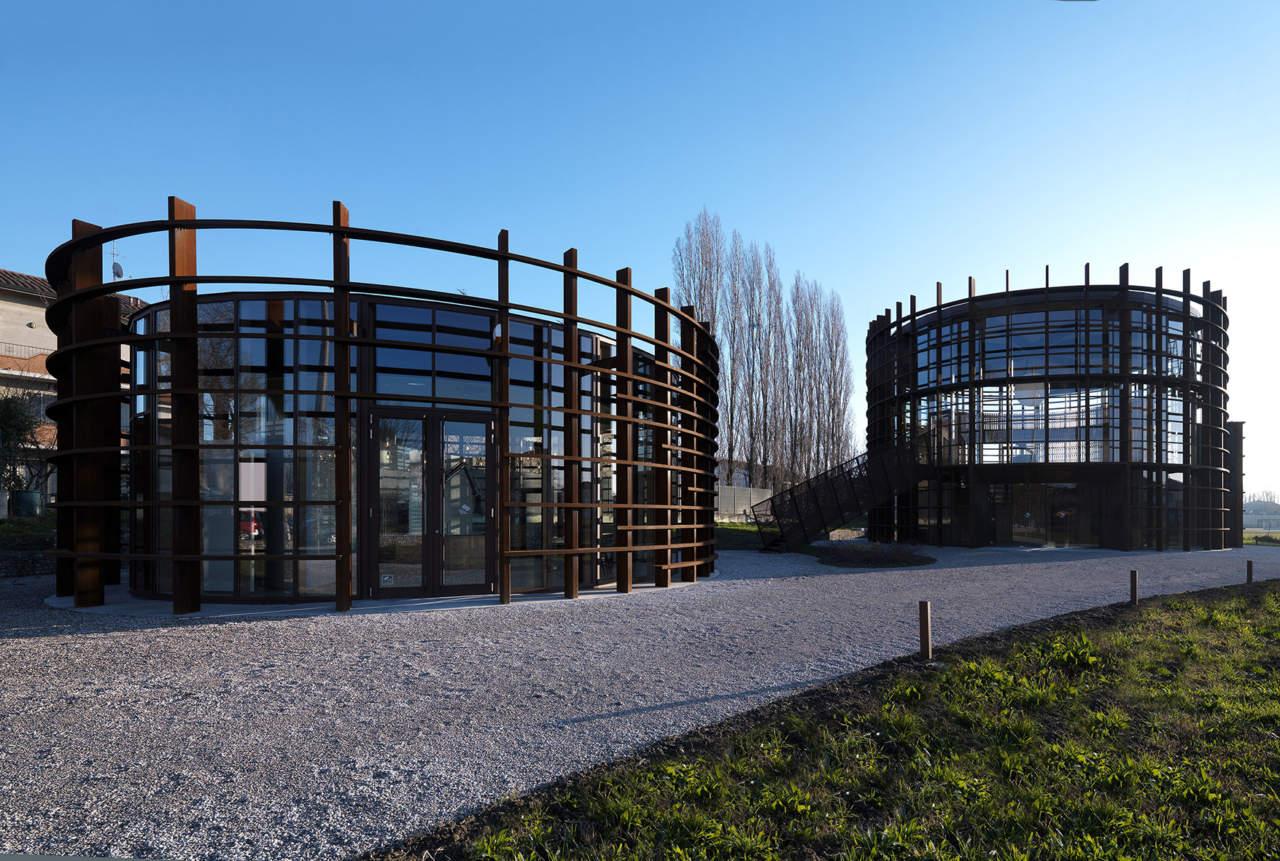 Centro sport e cultura a bondeno fe mario cucinella for Cucinella architects