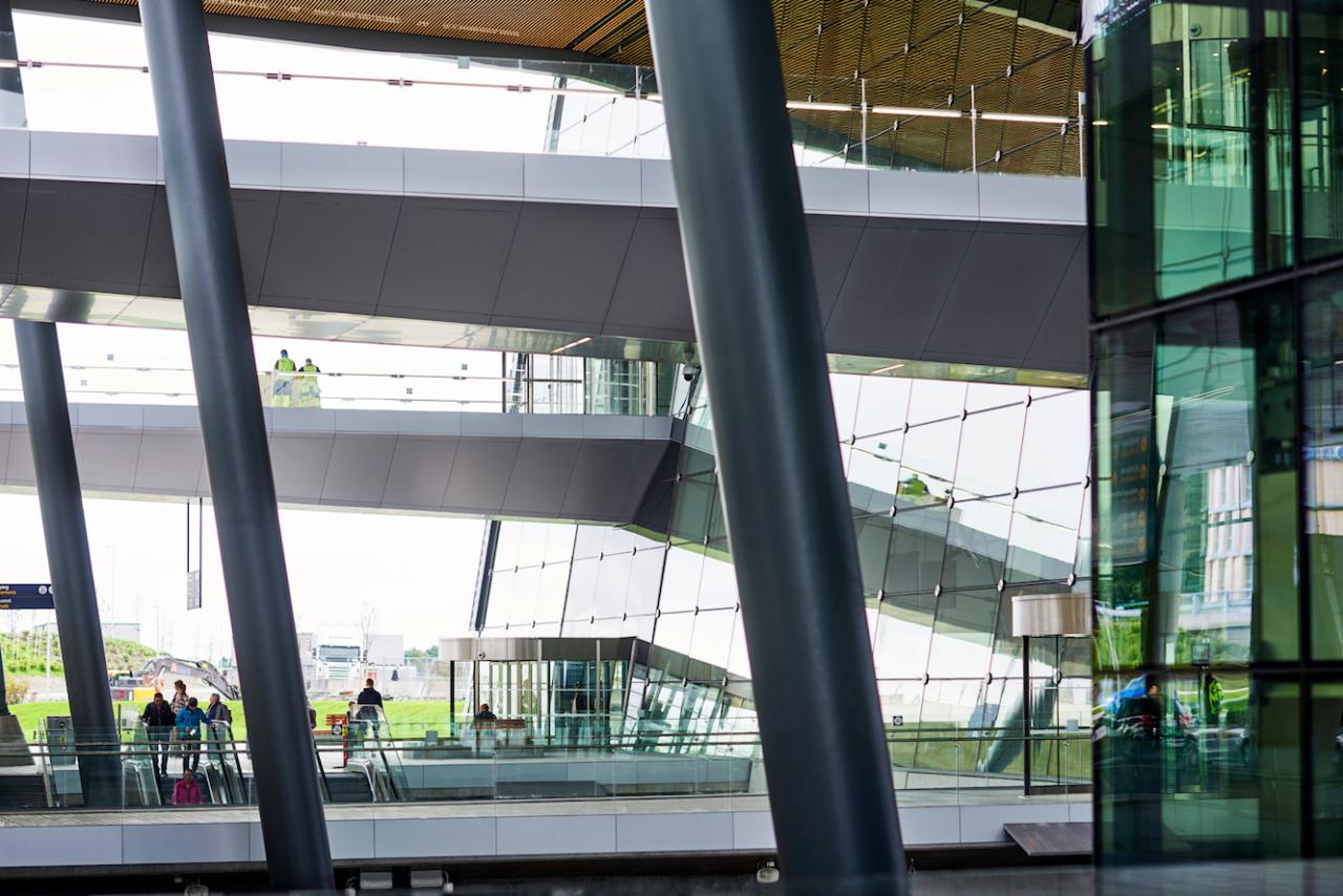 Il laminato Formica® atterra al nuovo terminal dell'aeroporto di Bergen