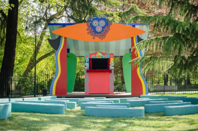 Teatro dei Burattini nel giardino della Triennale di Milano