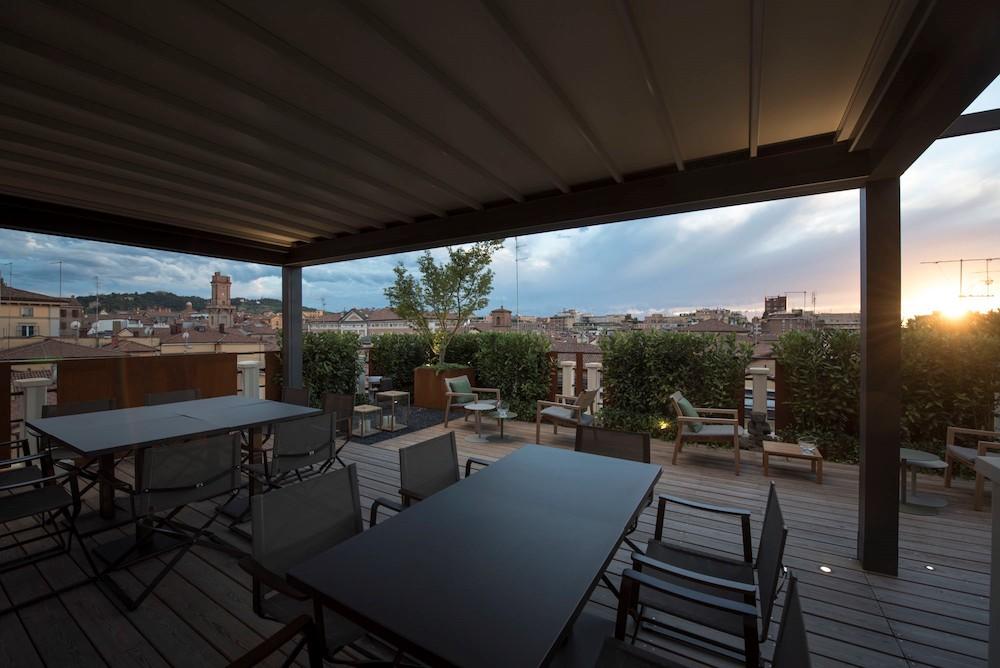 Terrazzo panoramico per l\'hotel Metropolitan di Bologna | Arketipo
